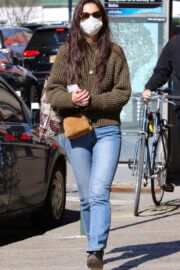 Katie Holmes Out Shopping in New York 03/14/2021 5