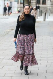 Kelly Brook is Arriving at Heart FM Show in London 03/24/2021 1