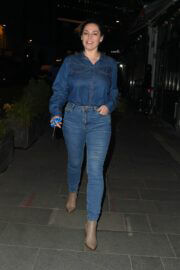 Kelly Brook Spotted in Double Denim as She Leaves Global Radio in London 03/12/2021 6