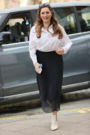 Kelly Brook with fresh look arrives at at Heart Radio in London 02/24/2021 4