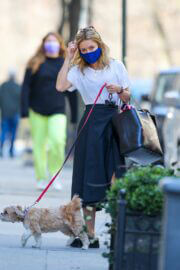 Kelly Ripa Day Out with Her Dog in New York 03/13/2021 5