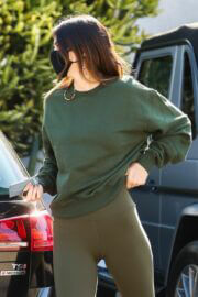 Kendall Jenner and Lauren Perez Steps Out for Coffee in West Hollywood 03/19/2021 3
