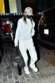 Kendall Jenner Arrived in New York 03/20/2021 3