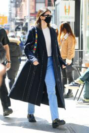 Kendall Jenner Steps Out in New York 03/22/2021 4