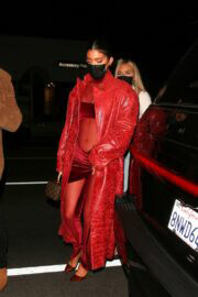 Kylie Jenner Spotted at Nice Guy in West Hollywood 03/25/2021 3