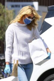 Laura Dern Day Out in Brentwood 03/14/2021 5