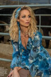 Laura Vandervoort On The Cover Page Of M. Citizen Magazine, Spring 2021 3