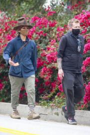 Linda Perry Steps Out in Los Angeles 03/20/2021 4