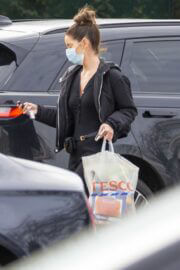 Maura Higgins Spotted in Black Outfit as She is Shopping at Tesco in London 02/24/2021 3