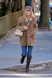 Nicky Hilton in a Beige Coat Out and About in New York 02/24/2021 2