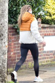 Olivia Wilde in Hoodie Jacket Out for Jogging in London 03/12/2021 4