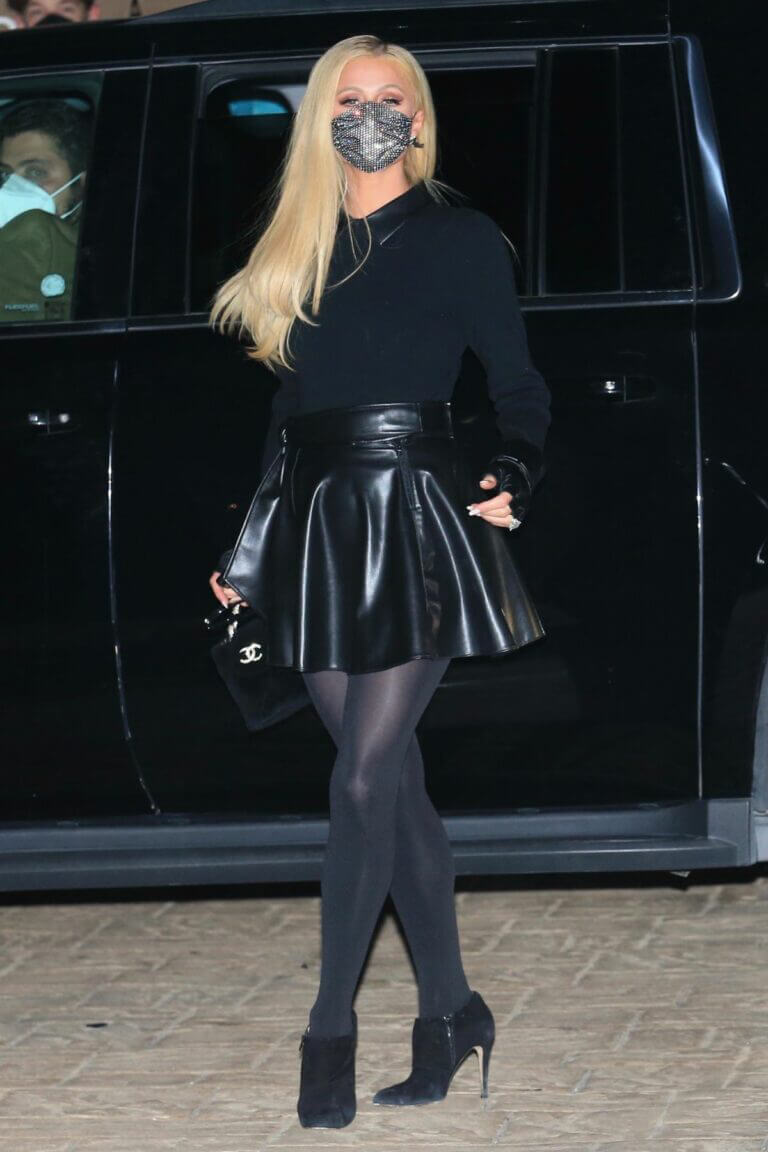 Paris Hilton Night Out in Black Outfit in Malibu 02/23/2021 7