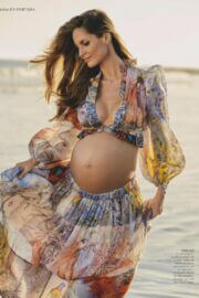 Pregnant Ariadne Artiles On The Cover Page Of Hola Fashion Magazine, March 2021 7