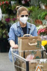 Sarah Michelle Gellar Keeps it Casual as She wears Denim Jacket and Tights during Shopping at Whole Foods in Los Angeles 02/05/2021 7