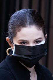 Selena Gomez Seen at Only Murders in the Building Set in New York 03/10/2021 4