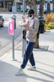 Selma Blair Steps Out for Coffee in Los Angeles 03/11/2021 2