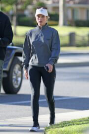 Sofia Richie Day Out in Los Angeles 02/24/2021 3