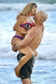 Sonja Marcelline and Mike Gunner Enjoys at a Beach in Gold Coast 02/23/2021 5