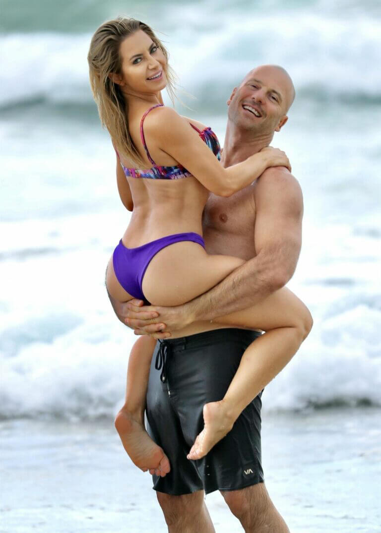 Sonja Marcelline and Mike Gunner Enjoys at a Beach in Gold Coast 02/23/2021 13