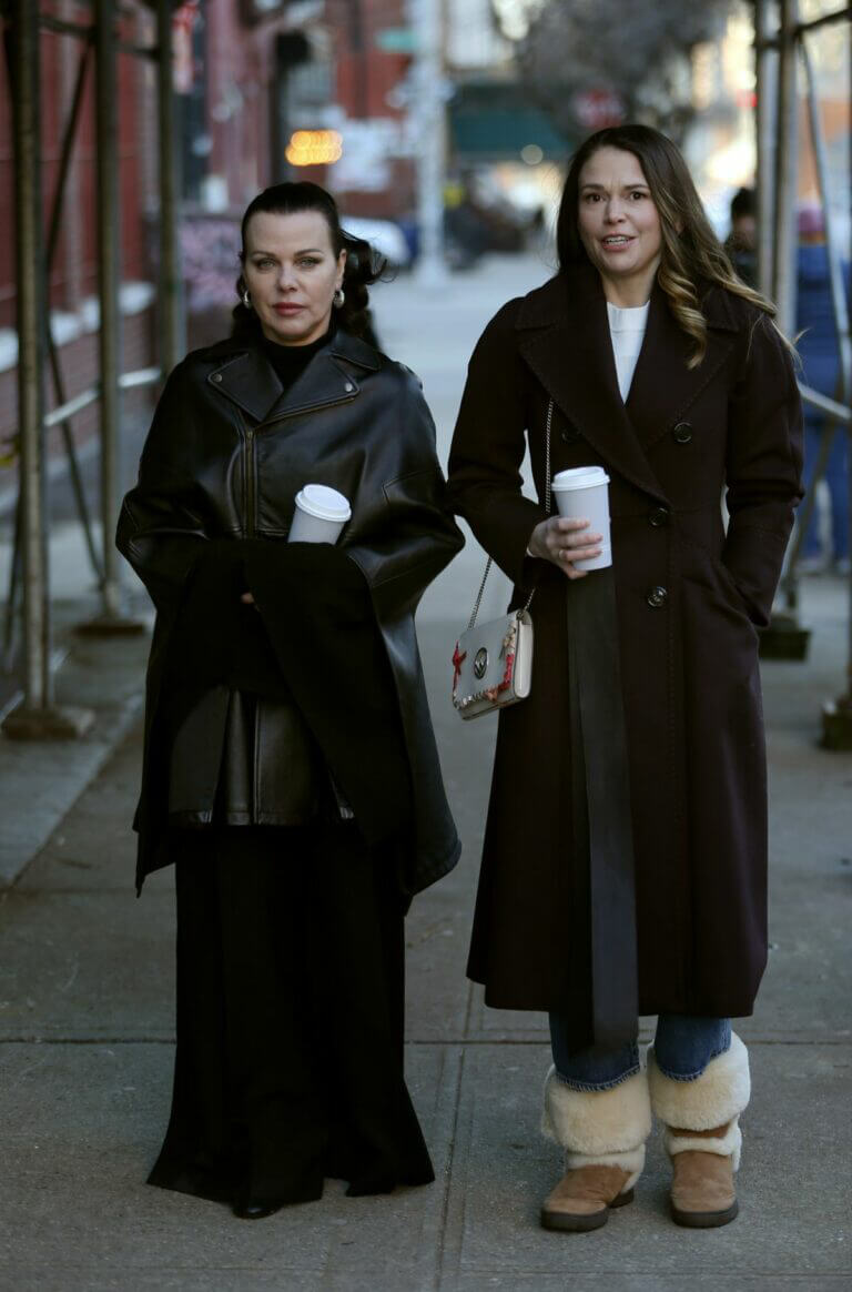 Sutton Foster and Debi Mazar Spotted on the Set of 'Younger' in New York 02/23/2021 1