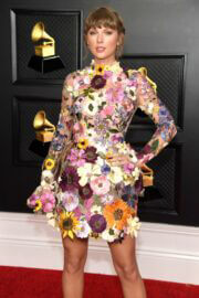 Taylor Swift attends 2021 Grammy Awards in Los Angeles 03/14/2021 4