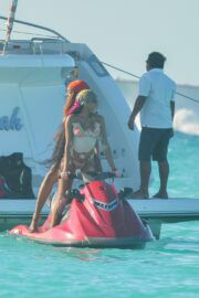 Winnie Harlow on Vacation as She Rides The Waves On A Jet Ski During Tropical Trip To Tulum, Mexico 02/24/2021 9