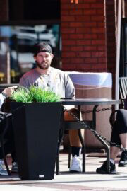 Maria Shriver Out and About for Lunch in Brentwood 03/19/2021 4