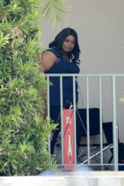 Octavia Spencer Seen on the Set of Truth Be Told in Los Angeles 03/18/2021 6