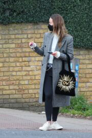 Olivia Wilde Out and About for Coffee in London 03/24/2021 7