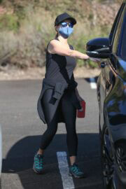Reese Witherspoon Hikes in Brentwood 03/19/2021 6