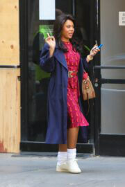 Regina Hall Spotted on the Set of Black Monday in Los Angeles 03/24/2021 5