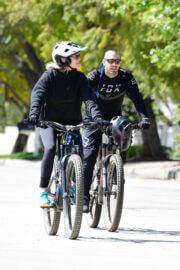 Robin Wright Out and About for a Bike Ride in Brentwood 03/21/2021 7