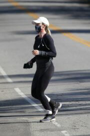 Teddi Mellencamp Steps Out For Jogging with a Friend in Los Angeles 03/19/2021 4