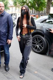 Bella Hadid shows her abs out in Paris 06/30/2021 4