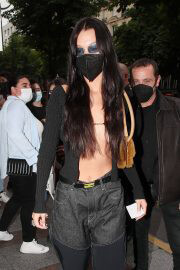 Bella Hadid shows her abs out in Paris 06/30/2021 7