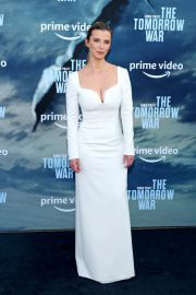 Betty Gilpin attends The Tomorrow War Premiere in Los Angeles 06/30/2021 3