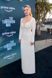 Betty Gilpin attends The Tomorrow War Premiere in Los Angeles 06/30/2021 4