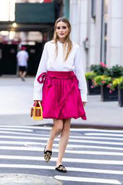 Olivia Palermo seen in White and Pink Outfit Out in New York 06/29/2021 7