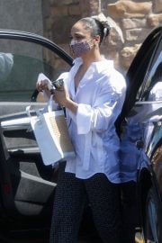 Tessa Thompson Out Shopping in West Hollywood 06/28/2021 1