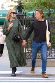 Julia Roberts and Daniel Moder Walks Out in New York 08/02/2021 1