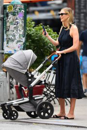 Karlie Kloss Out with Her Baby Levi Kloss in New York 08/03/2021 3