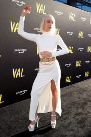 Kate Crash attends VAL Premiere in Los Angeles 08/03/2021 2