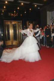 Alicia Keys Wears White Gown While Heading to Met Gala 2021 in New York 09/13/2021 4
