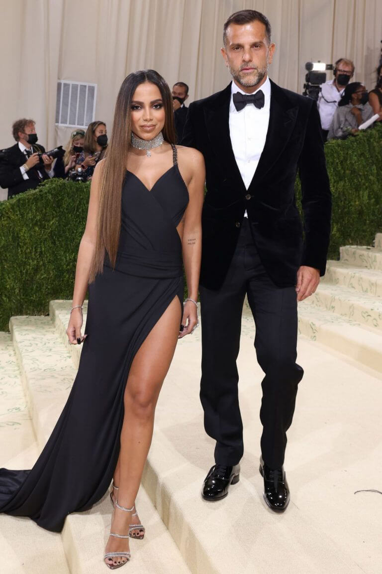 Anitta and Alexandre Birman in Black Matching Outfit at 2021 Met Gala 09/13/2021 1
