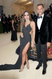 Anitta and Alexandre Birman in Black Matching Outfit at 2021 Met Gala 09/13/2021 4