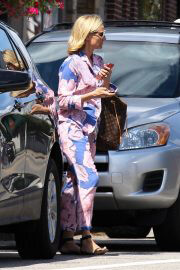 Diane Kruger Out and About in East Greenwich at Rhode Island 09/13/2021 6