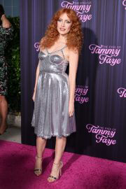 """Jessica Chastain Arrives at """"The Eyes Of Tammy Faye"""" Premiere in New York 09/14/2021 3"""