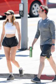 Keeley Hazell and Jason Sudeikis Steps Out Hiking in Los Angeles 09/12/2021 3