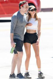 Keeley Hazell and Jason Sudeikis Steps Out Hiking in Los Angeles 09/12/2021 5