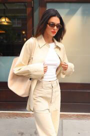 Kendall Jenner in Casuals Out and About in New York 09/14/2021 2